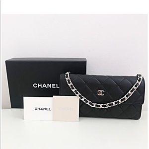 Pre ❤️ Chanel chain wallet
